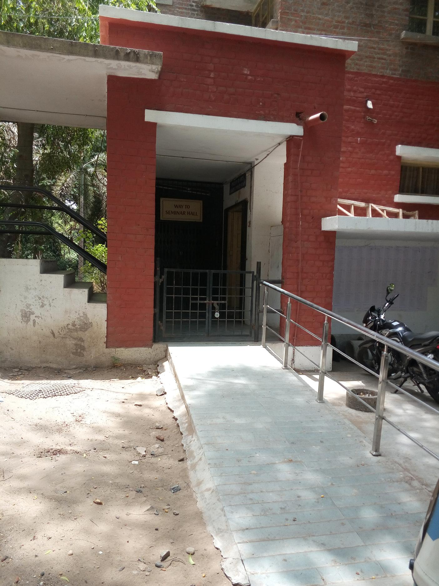 Inaccessible Ramp at Faculty of Commerce, Seminar Hall, MSUniversity